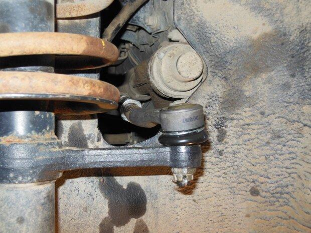 Самостоятельная замена наконечника рулевой тяги ВАЗ 2114