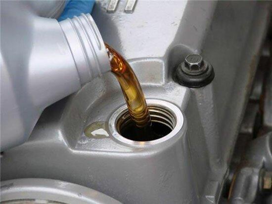Двигатель есть — масло причины