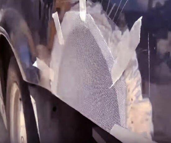 Заплатка прихвачена на скотч