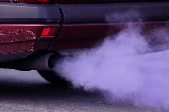 Ваз 2114 дымит белым дымом на горячую